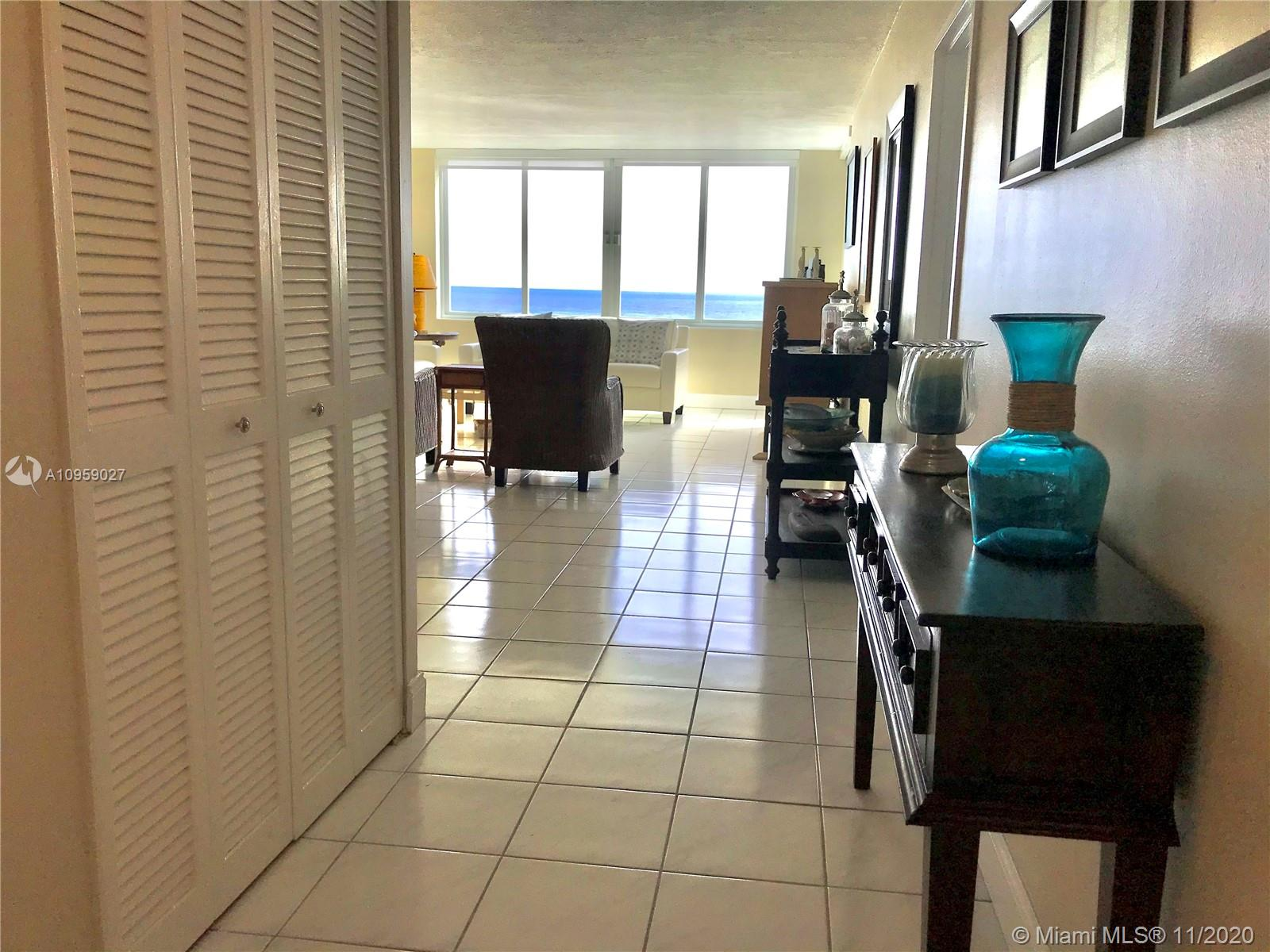 5401 Collins Ave #928 photo010