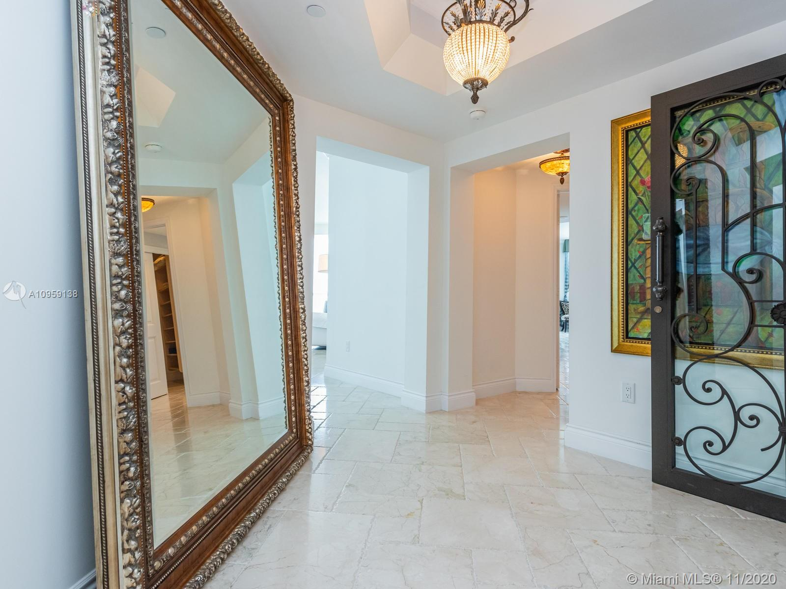 17875 Collins Ave #3801 photo06