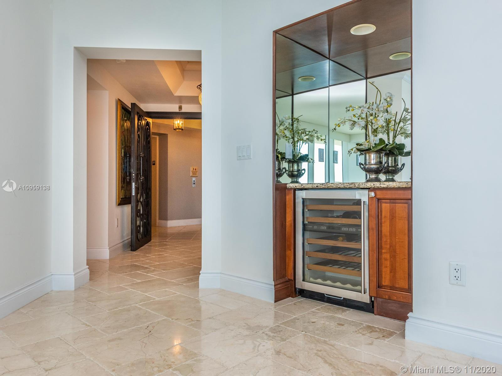 17875 Collins Ave #3801 photo012
