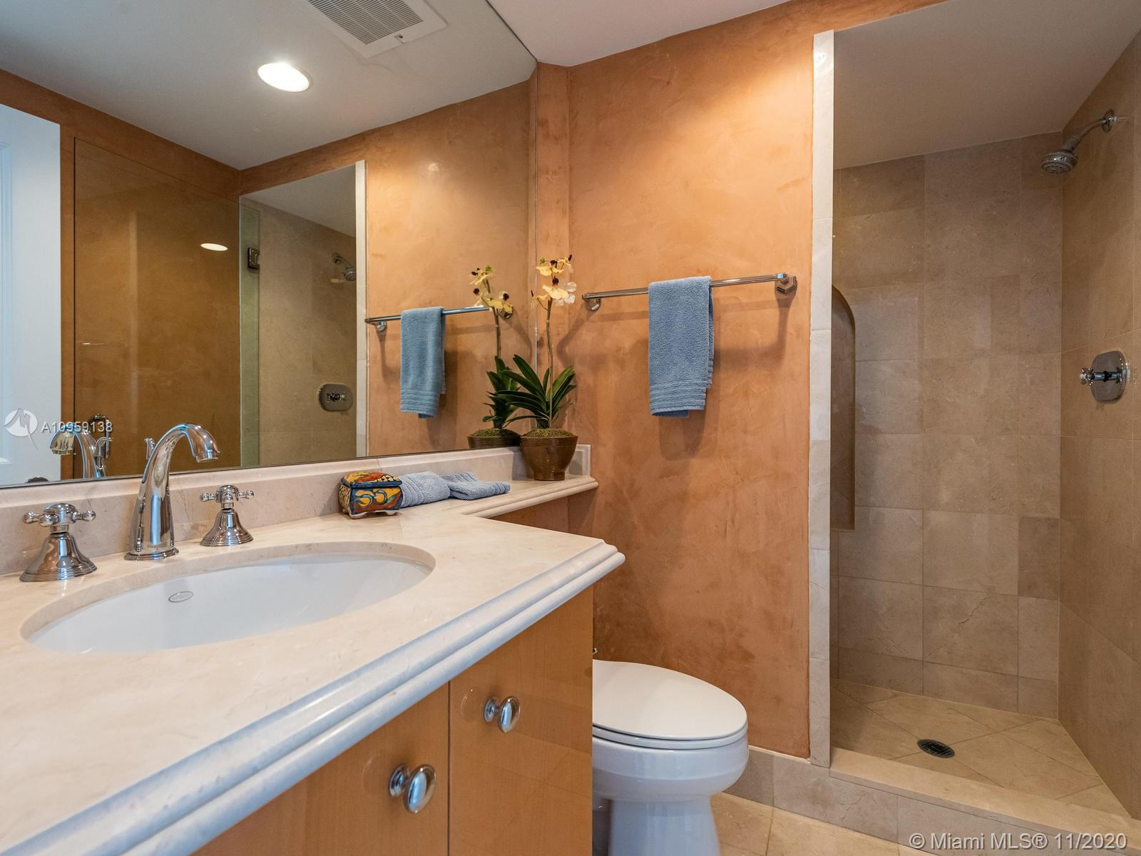 17875 Collins Ave #3801 photo036