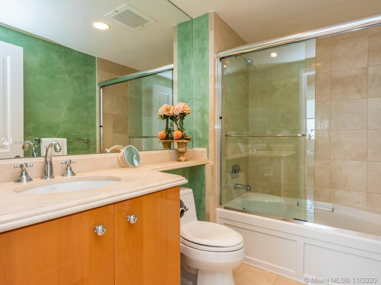 17875 Collins Ave #3801 photo034
