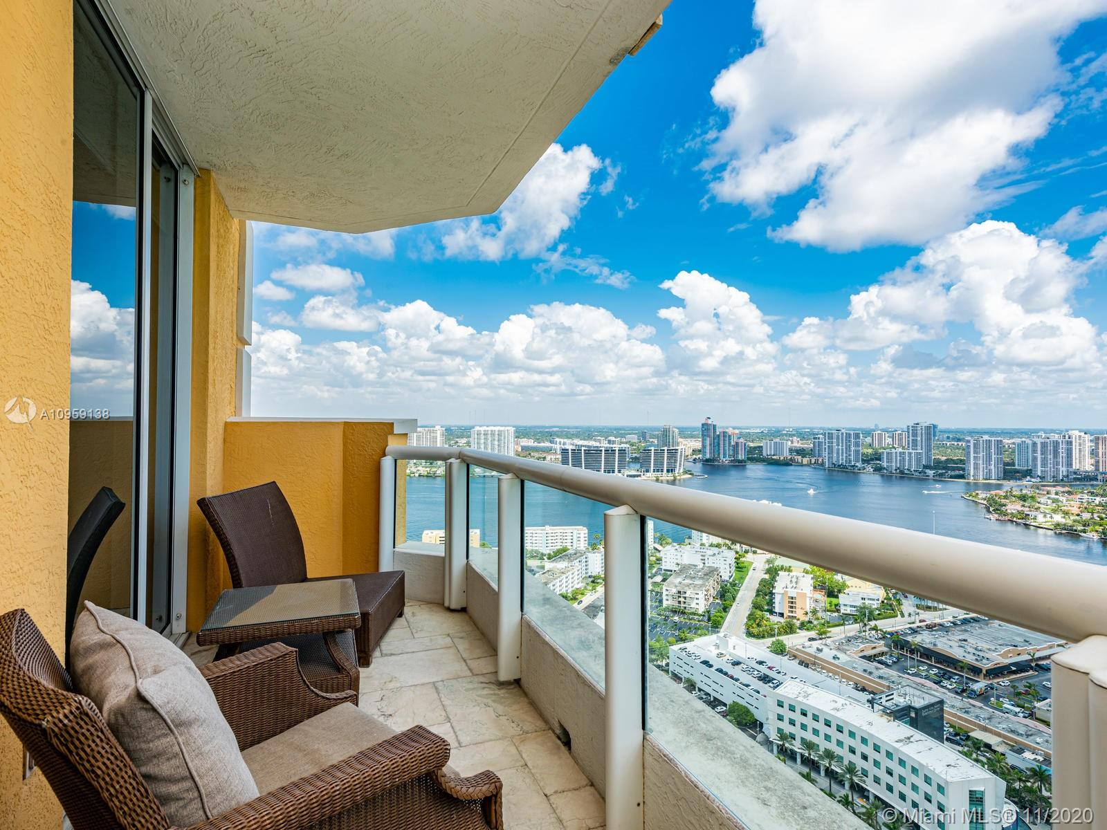 17875 Collins Ave #3801 photo038