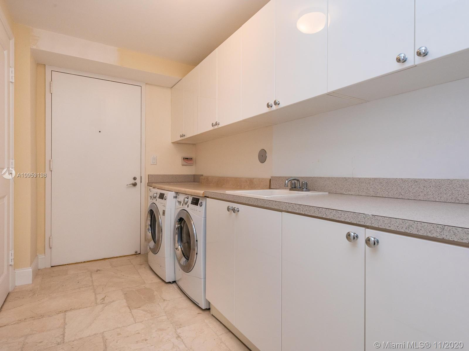 17875 Collins Ave #3801 photo039