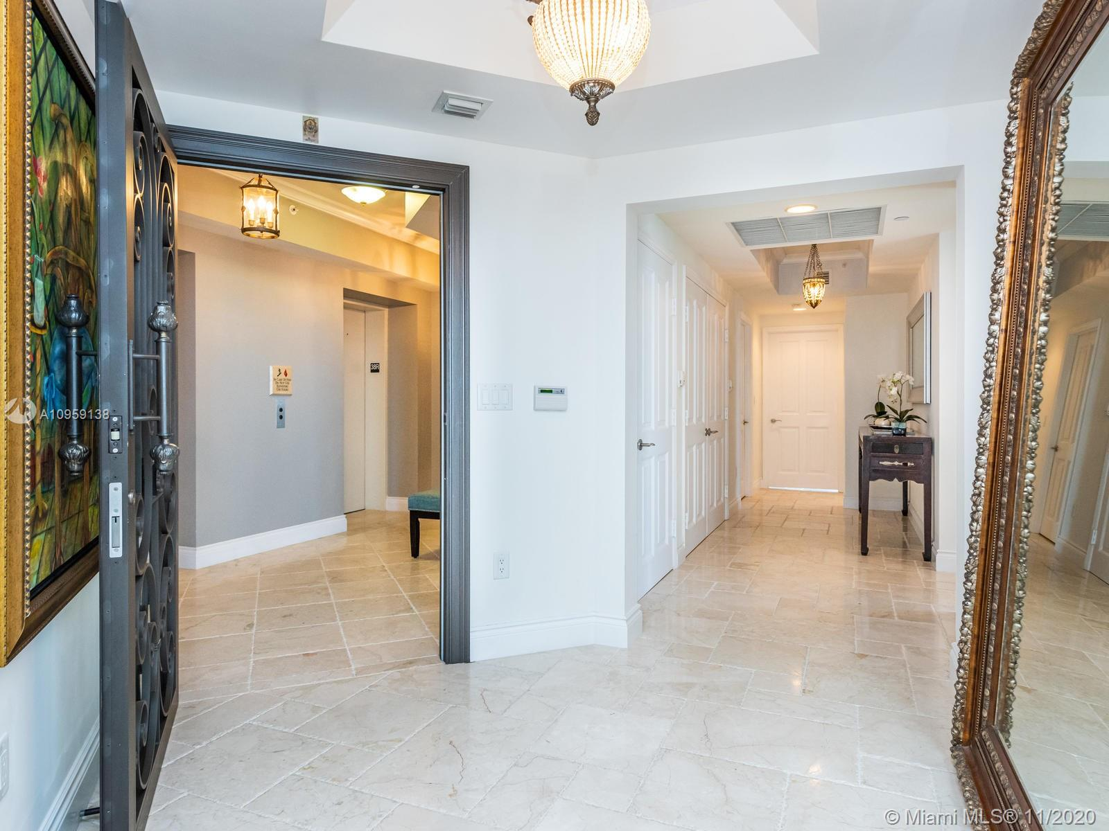 17875 Collins Ave #3801 photo04