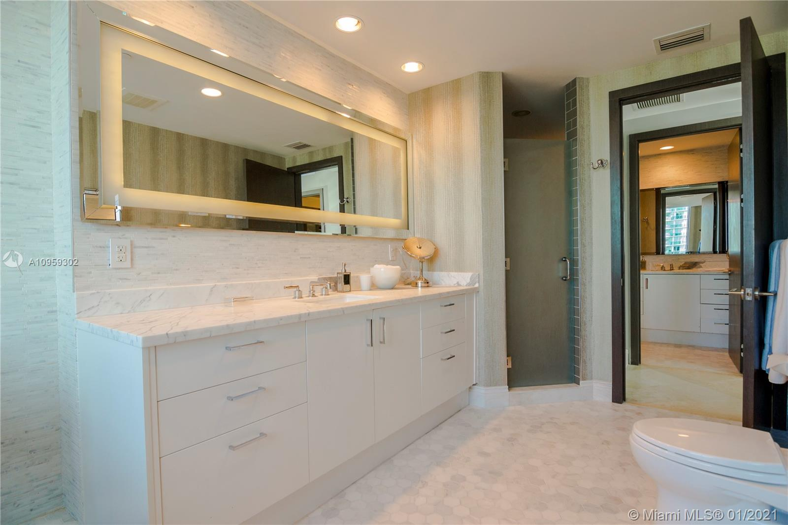 5959 Collins Ave #1201 photo018