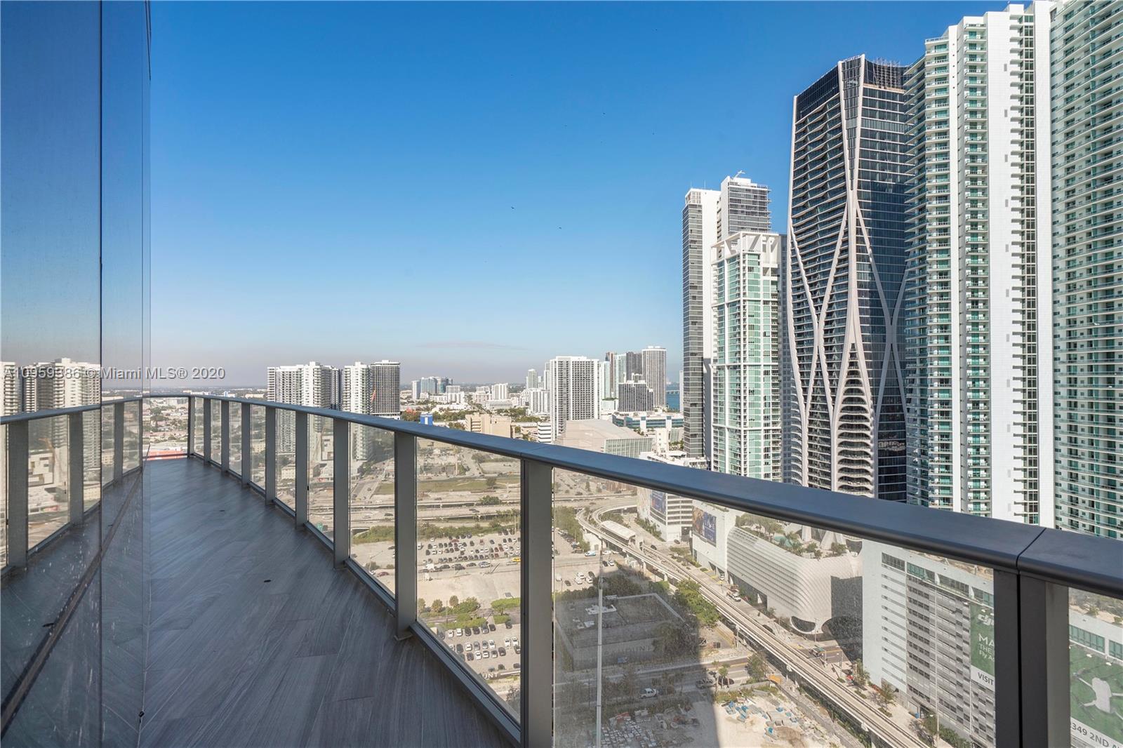 Paramount Miami Worldcenter #2603 photo03