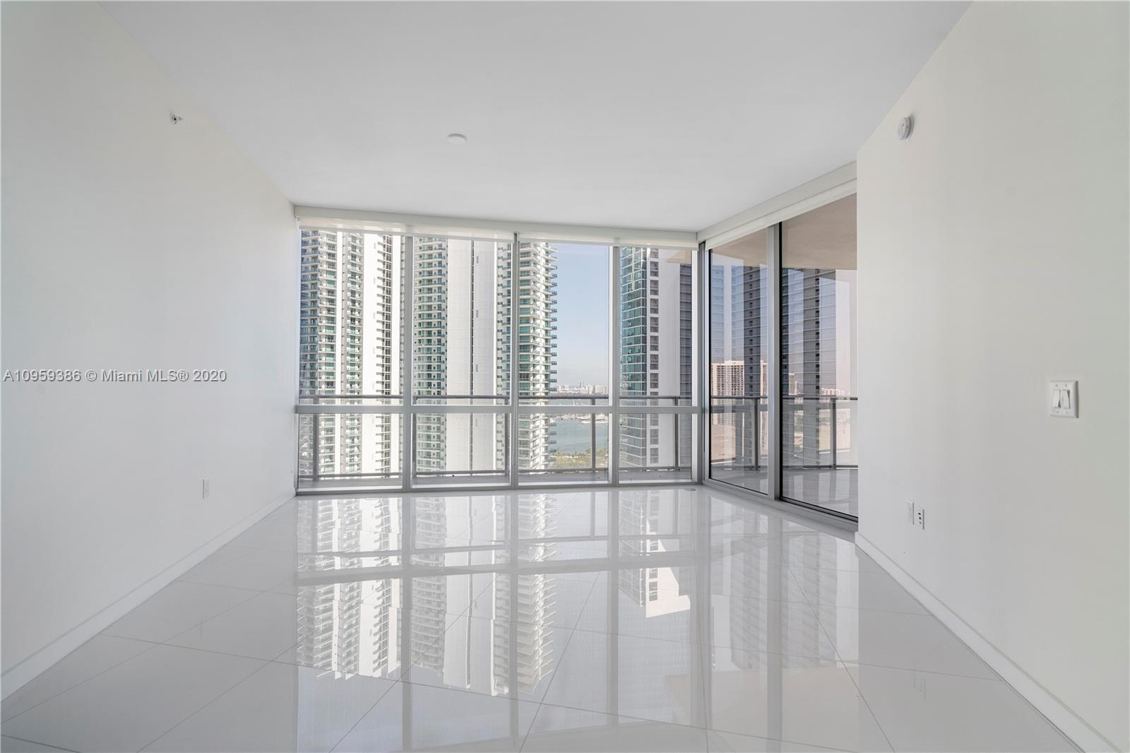 Paramount Miami Worldcenter #2603 photo29