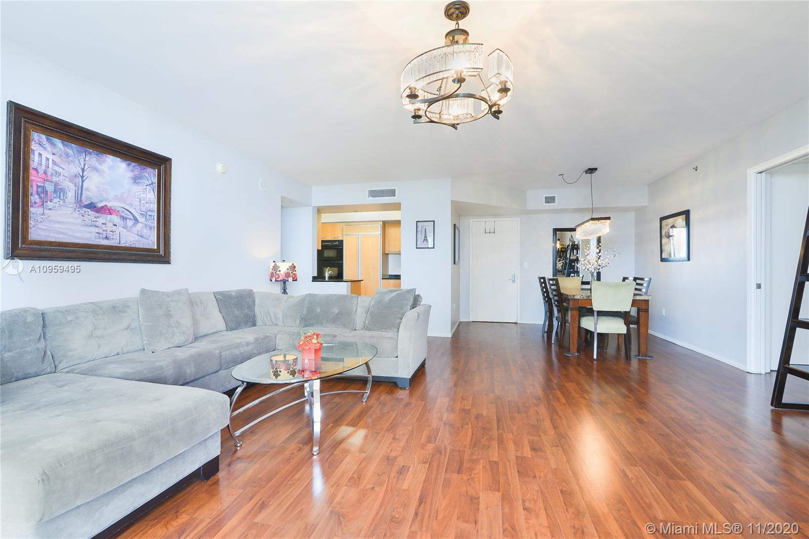 18911 Collins Ave #603 photo04