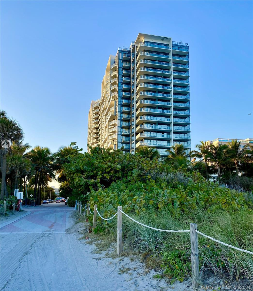 2201 Collins Ave #711 photo049