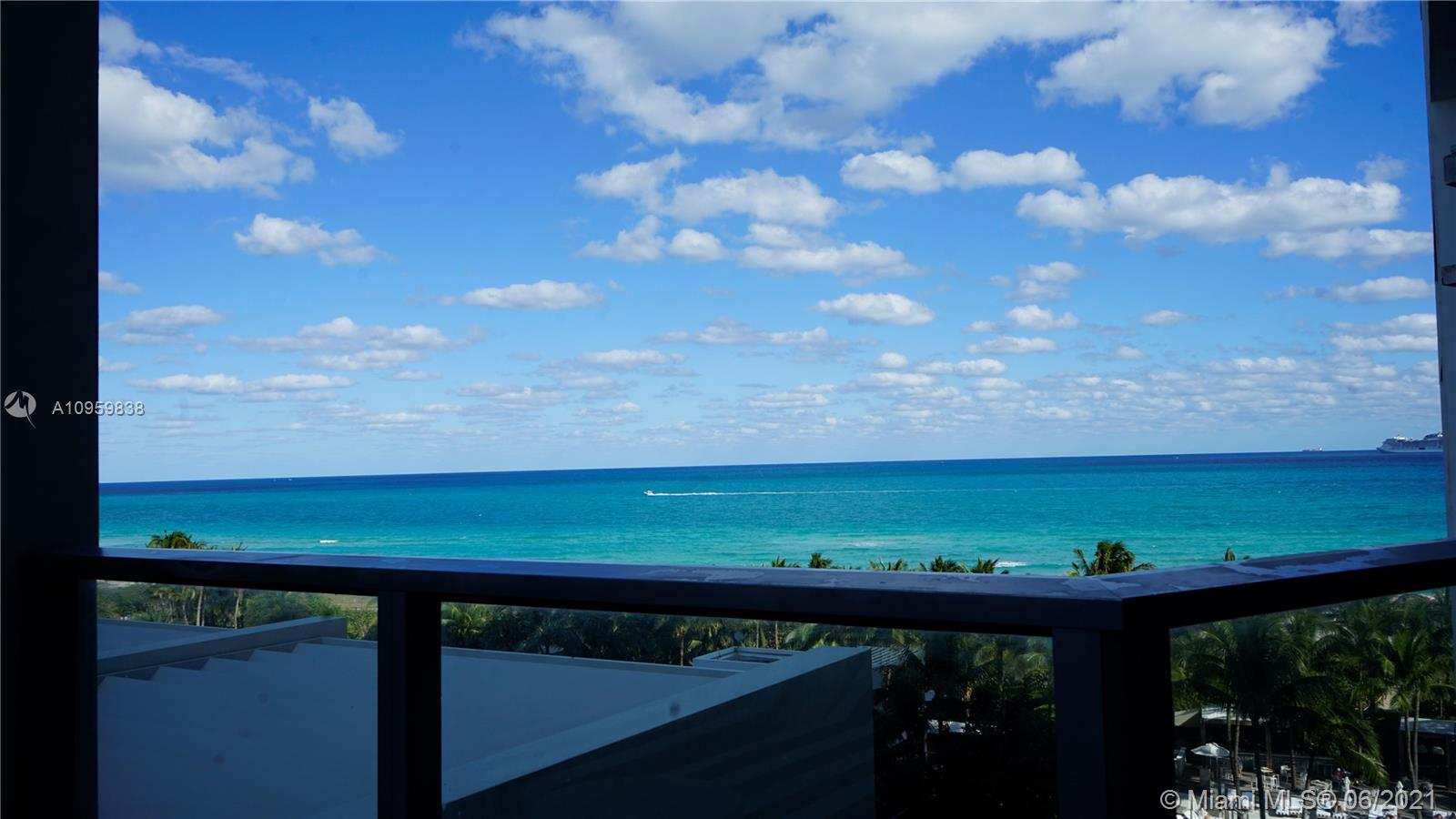 2201 Collins Ave #711 photo033