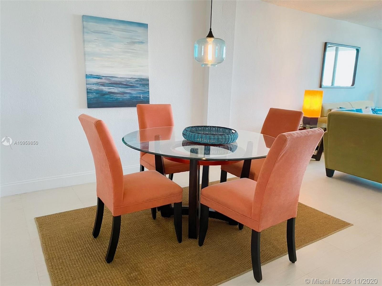 Flamingo South Beach #906S photo04