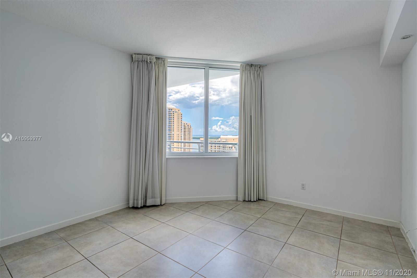 One Miami #3519 photo13