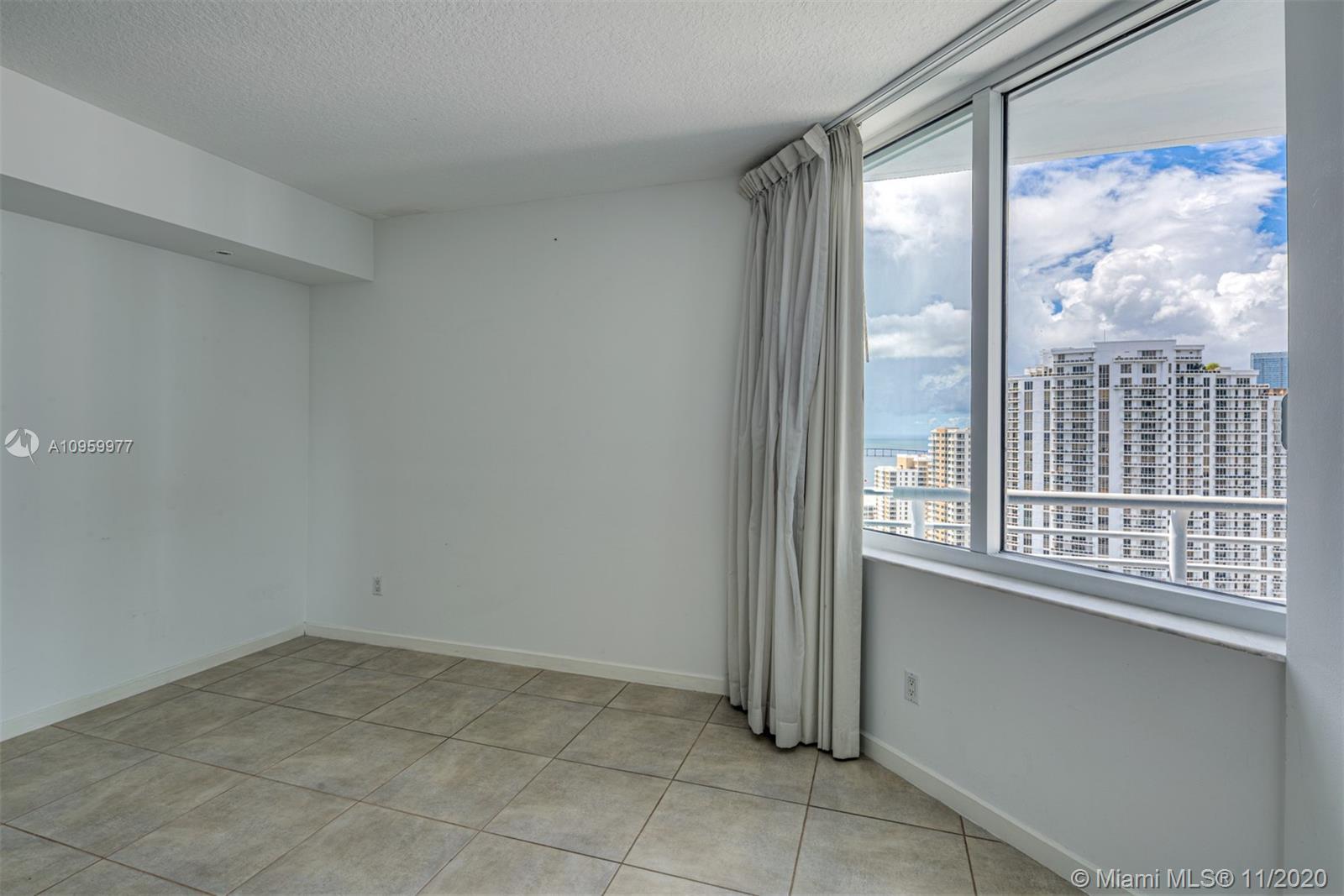 One Miami #3519 photo11