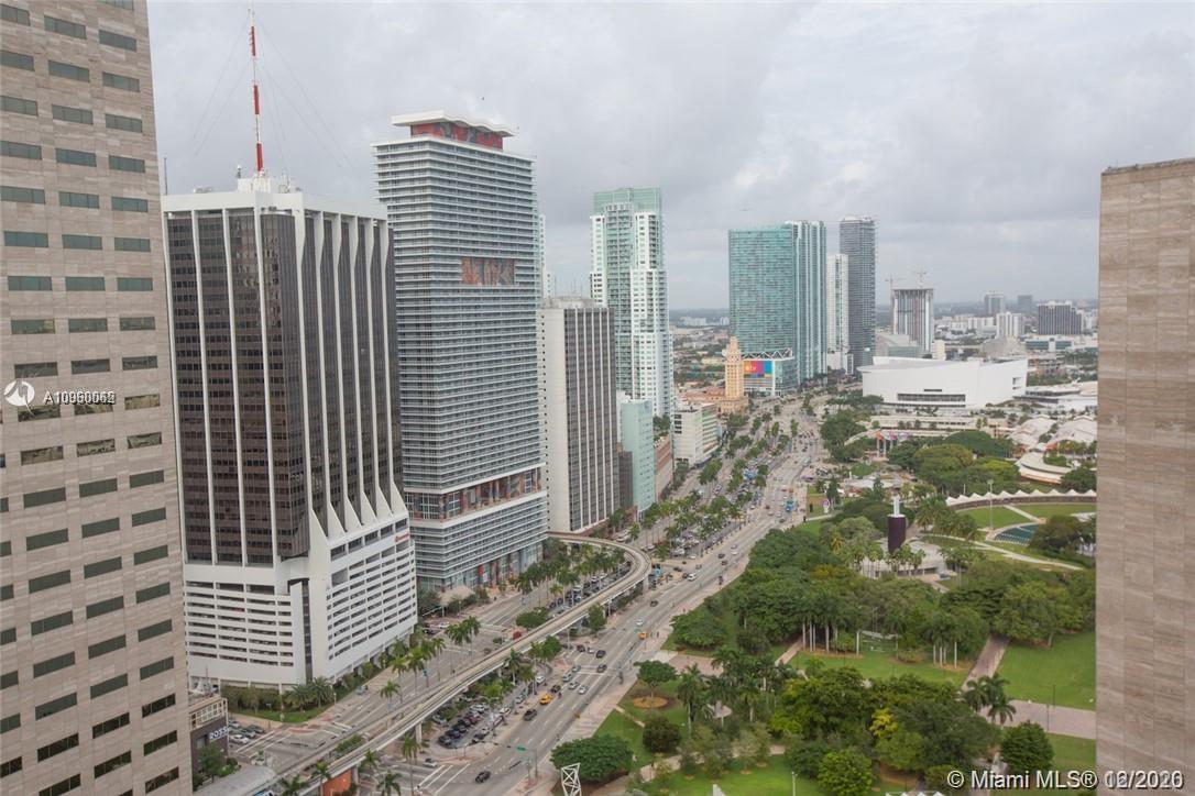 One Miami #3700 photo02