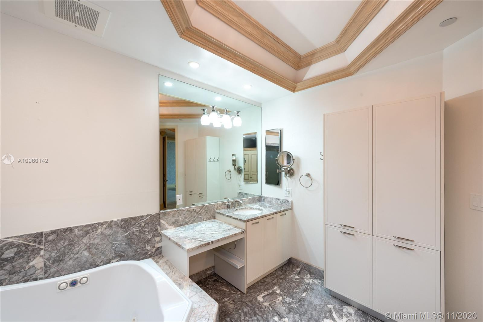 16047 Collins Ave #1903 photo014