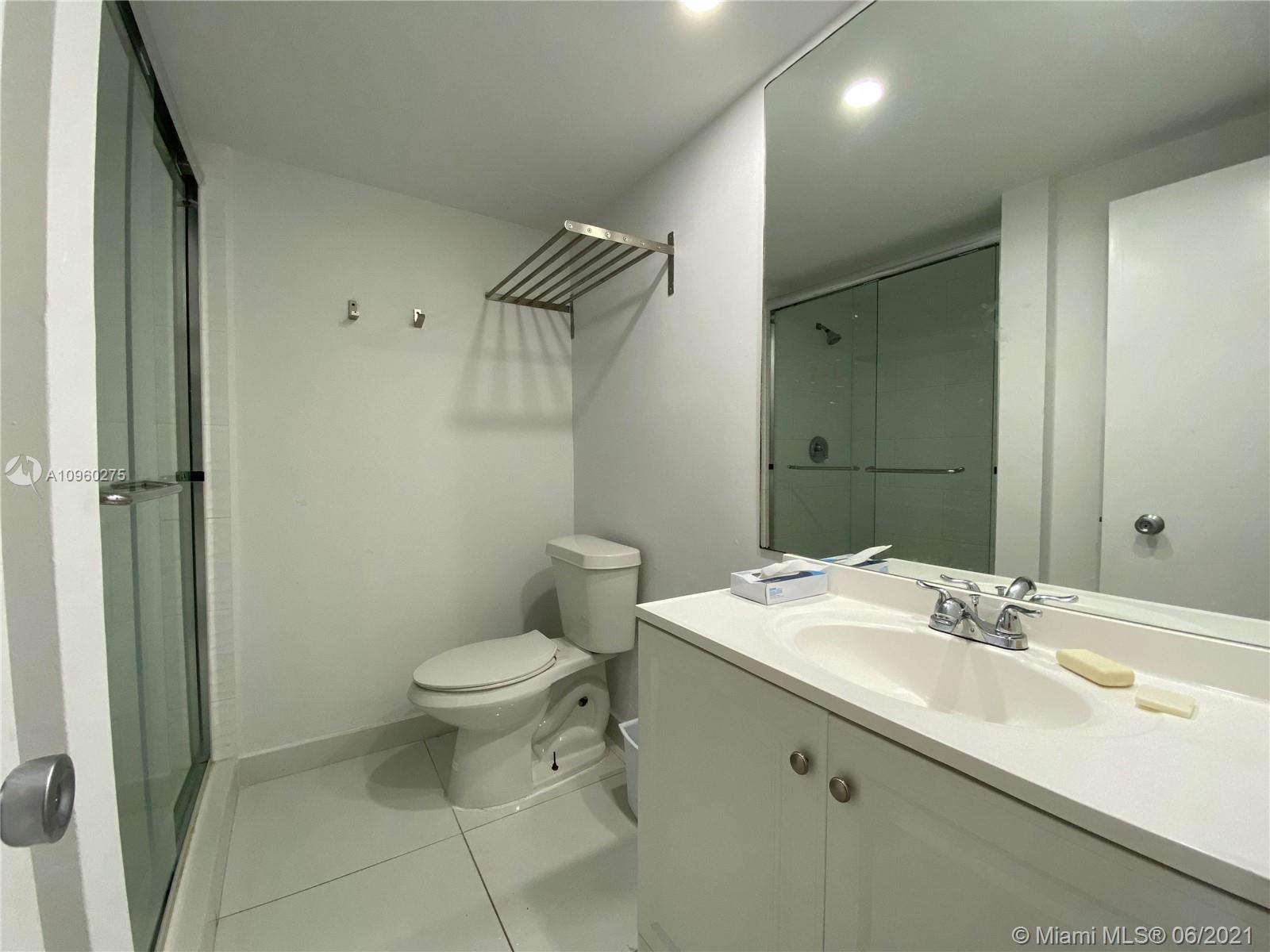 5225 Collins Ave #1608 photo017
