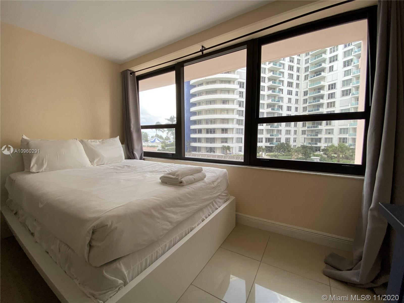 5225 Collins Ave #411 photo018