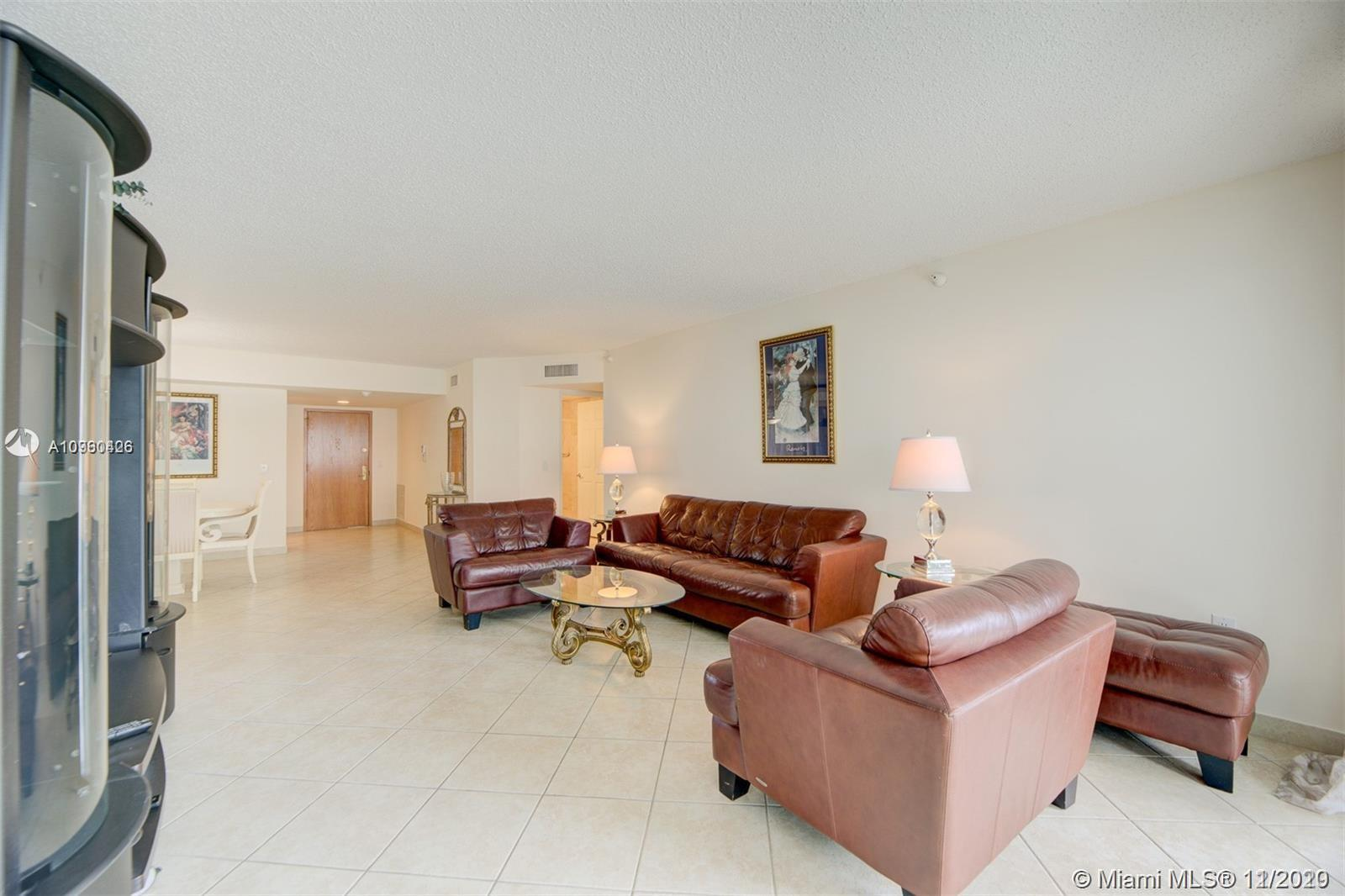 16711 Collins Ave #701 photo06