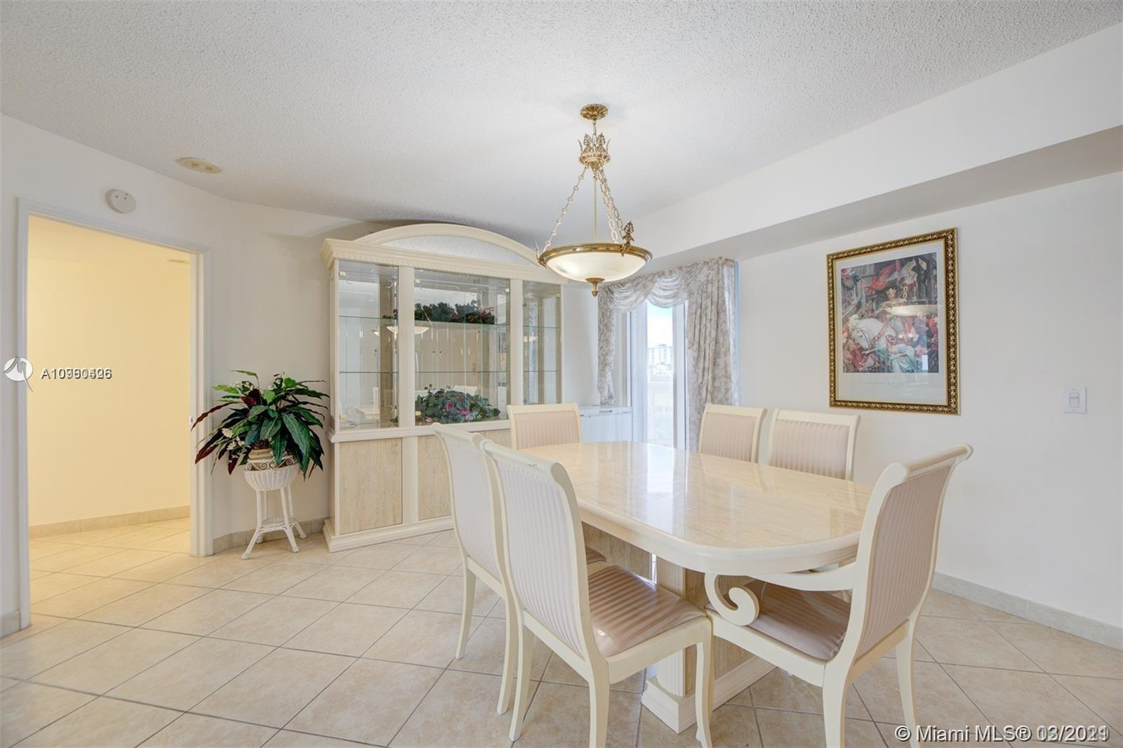 16711 Collins Ave #701 photo07