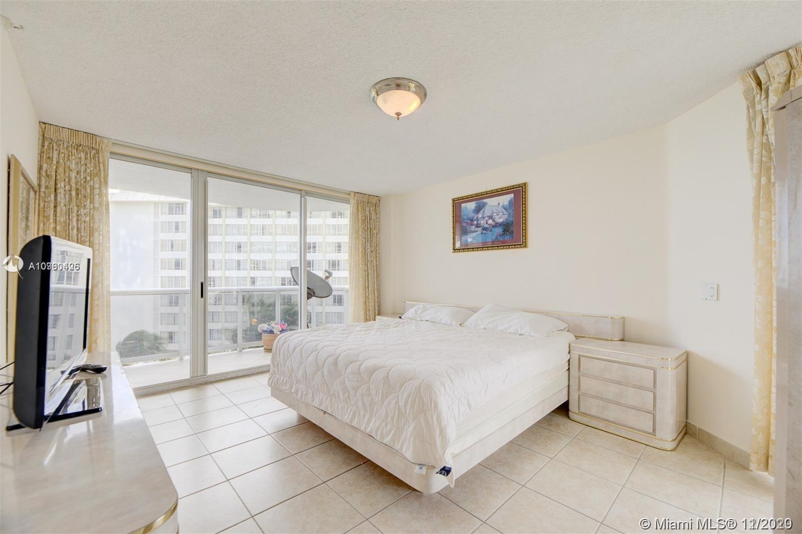 16711 Collins Ave #701 photo015