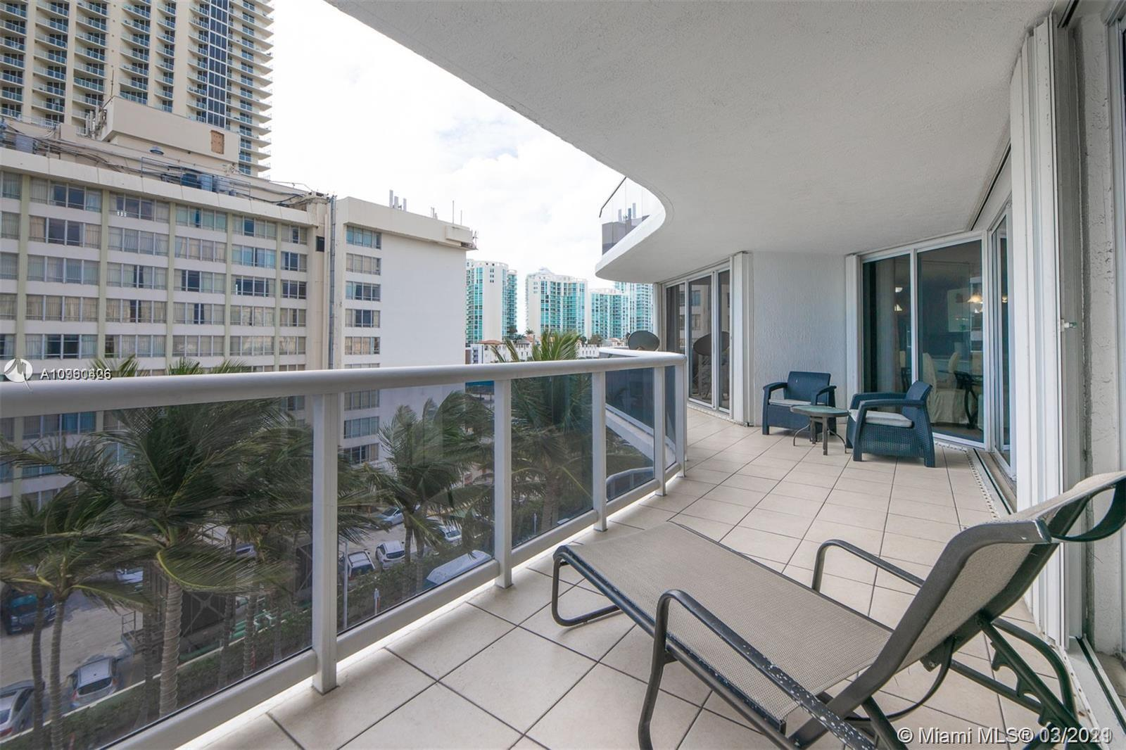 16711 Collins Ave #701 photo029