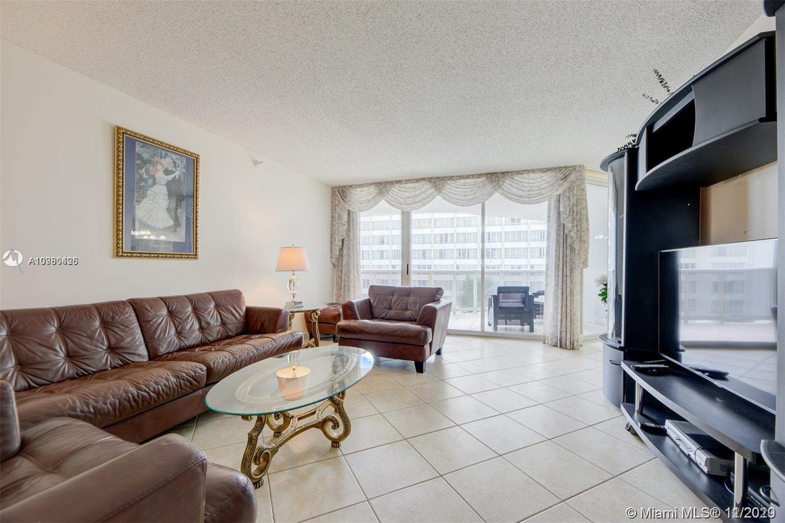 16711 Collins Ave #701 photo04