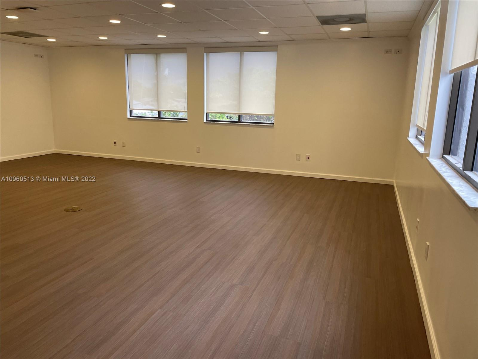 2843 Pembroke Rd, Hollywood, Florida 33020, ,Commercial Sale,For Sale,2843 Pembroke Rd,A10960513