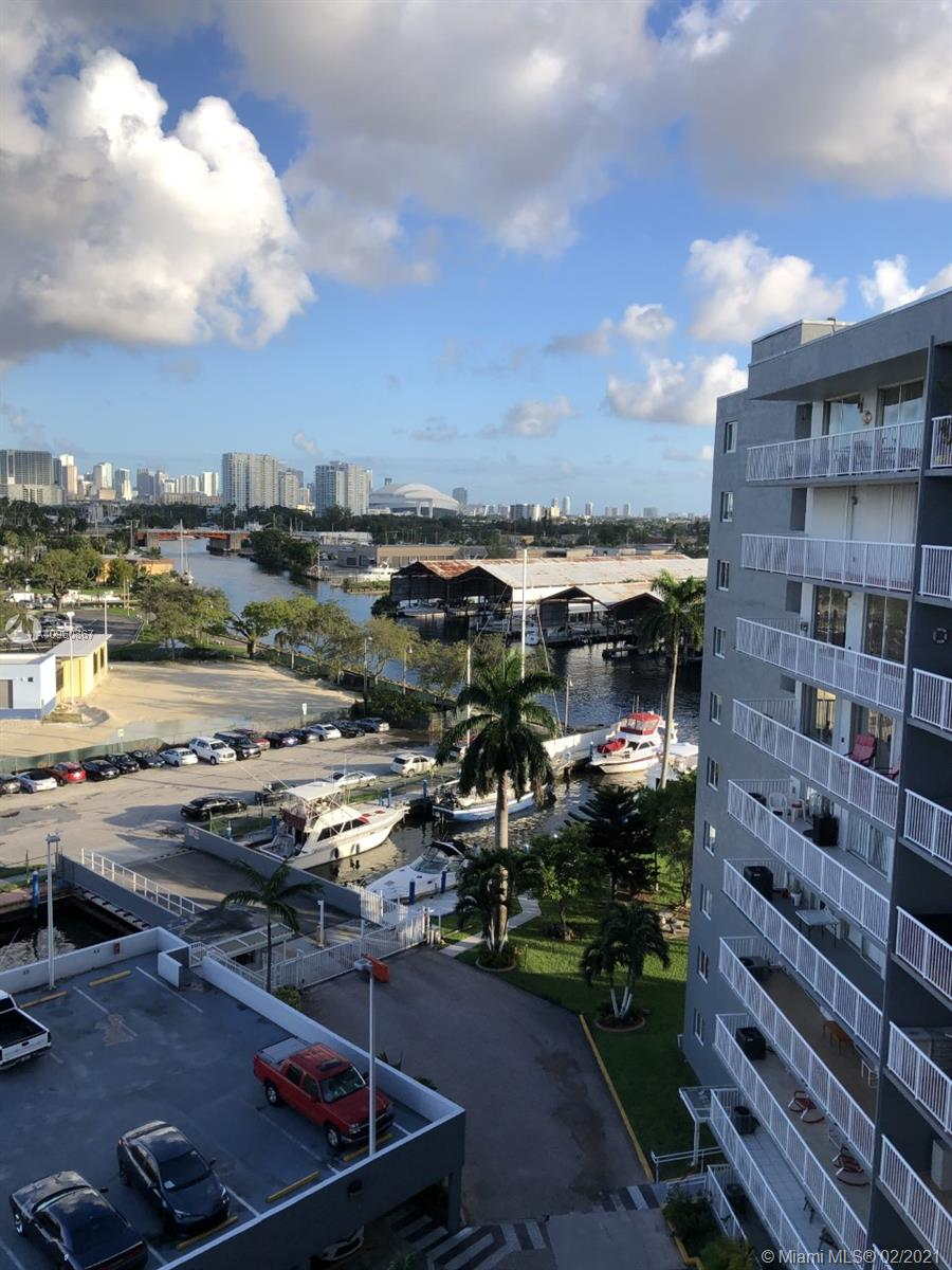 1800 NW 24th Ave # 920, Miami, Florida 33125, 1 Bedroom Bedrooms, ,1 BathroomBathrooms,Residential,For Sale,1800 NW 24th Ave # 920,A10960867