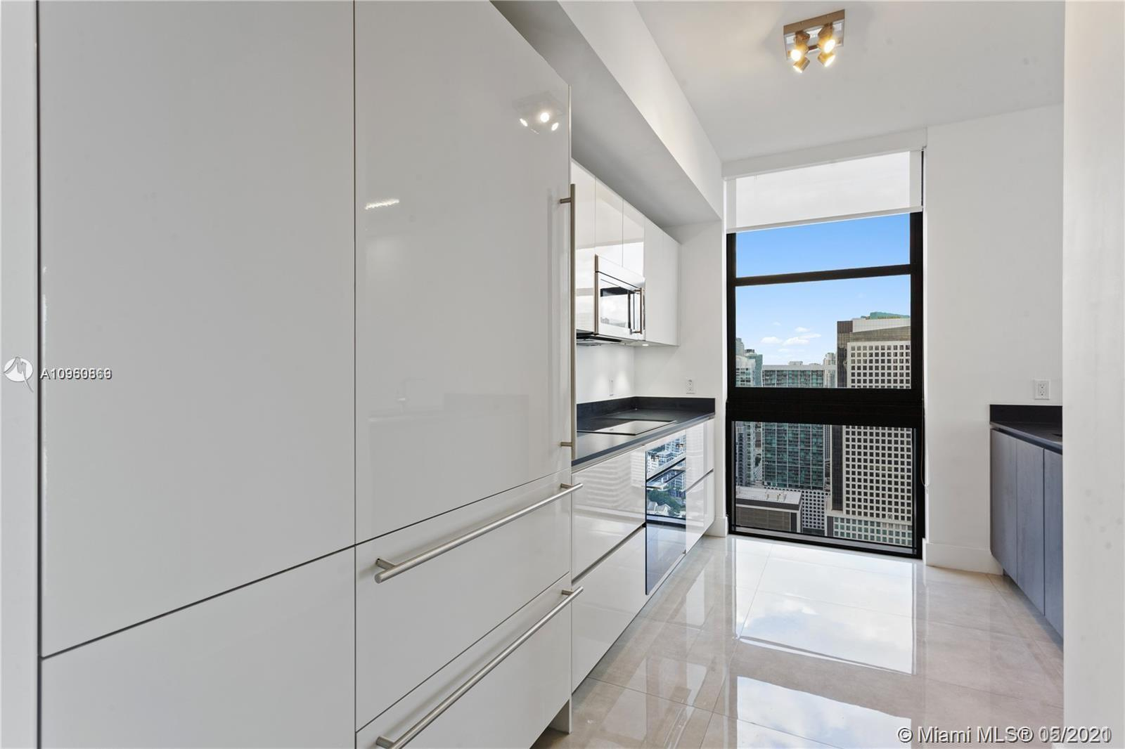 1010 Brickell Ave # 3401, Miami, Florida 33131, 3 Bedrooms Bedrooms, ,3 BathroomsBathrooms,Residential,For Sale,1010 Brickell Ave # 3401,A10960869