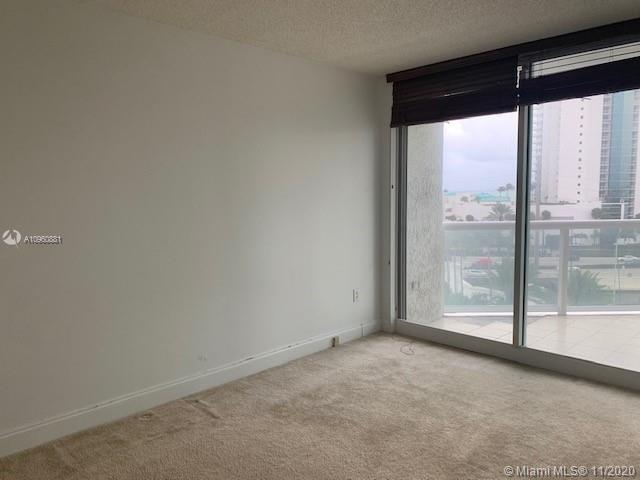 16400 Collins Ave #642 photo023