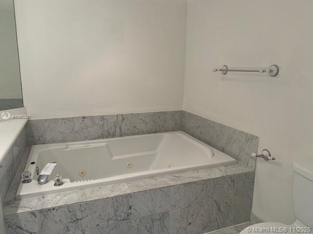 16400 Collins Ave #642 photo018