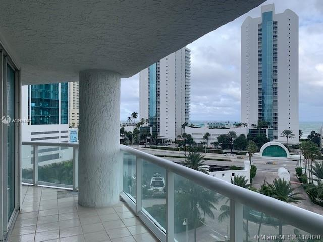 16400 Collins Ave #642 photo04