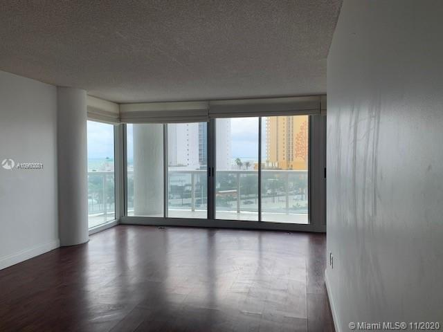 16400 Collins Ave #642 photo025