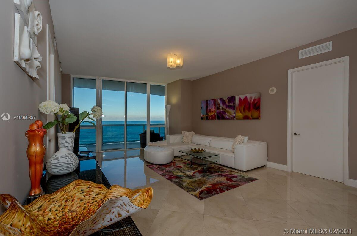 16001 Collins Ave #703 photo01