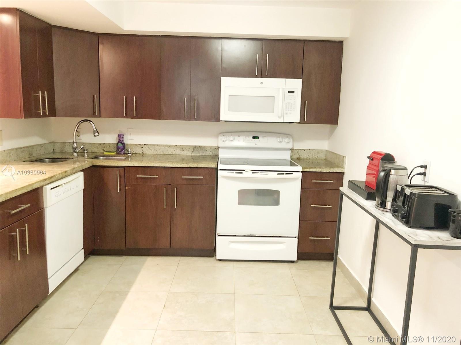 400 Leslie Dr # 223, Hallandale Beach, Florida 33009, 2 Bedrooms Bedrooms, ,2 BathroomsBathrooms,Residential Lease,For Rent,400 Leslie Dr # 223,A10960964