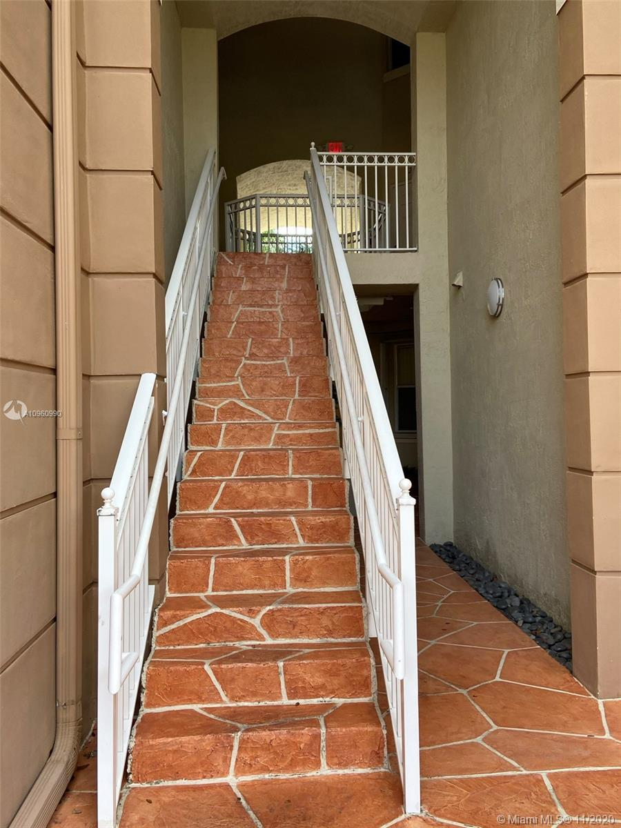 8882 W Flagler St # 208, Miami, Florida 33174, 3 Bedrooms Bedrooms, ,2 BathroomsBathrooms,Residential,For Sale,8882 W Flagler St # 208,A10960990