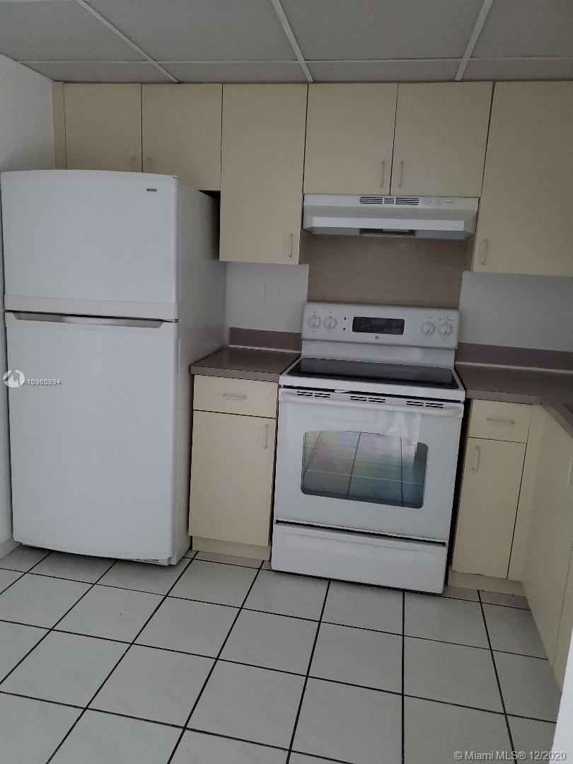 5775 W 20th Ave # 411, Hialeah, Florida 33012, 1 Bedroom Bedrooms, ,1 BathroomBathrooms,Residential,For Sale,5775 W 20th Ave # 411,A10960994