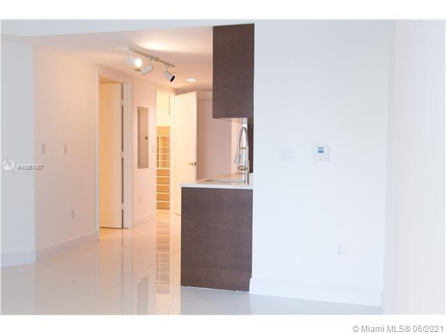 Photo of 475 Brickell Ave #908 listing for Sale