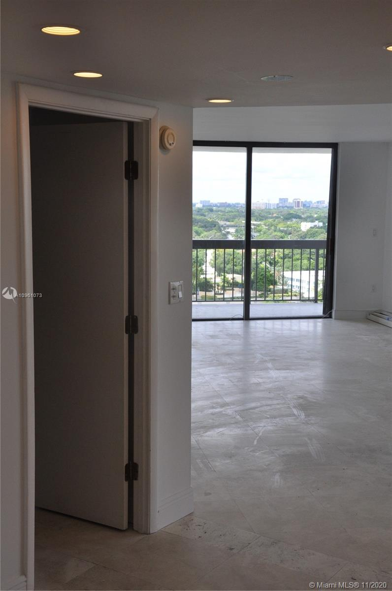 2333 Brickell Ave #1616 photo02