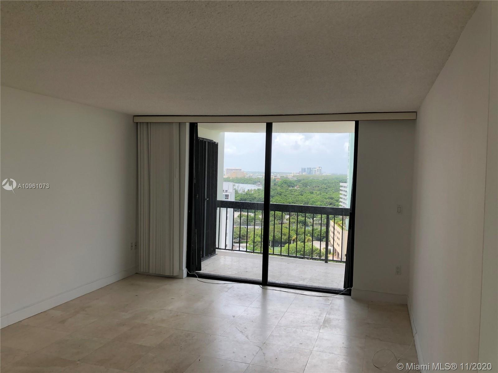 2333 Brickell Ave #1616 photo03