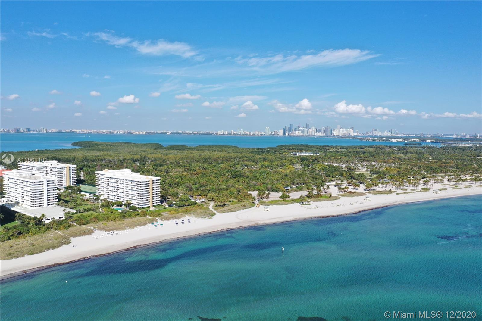Commodore Club West #1002 - 155 Ocean Lane Dr #1002, Key Biscayne, FL 33149
