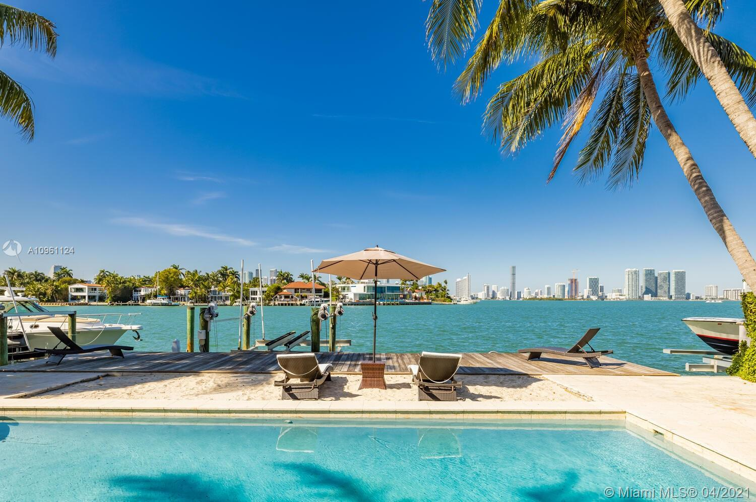 Venetian Islands - 620 W Dilido Dr, Miami Beach, FL 33139
