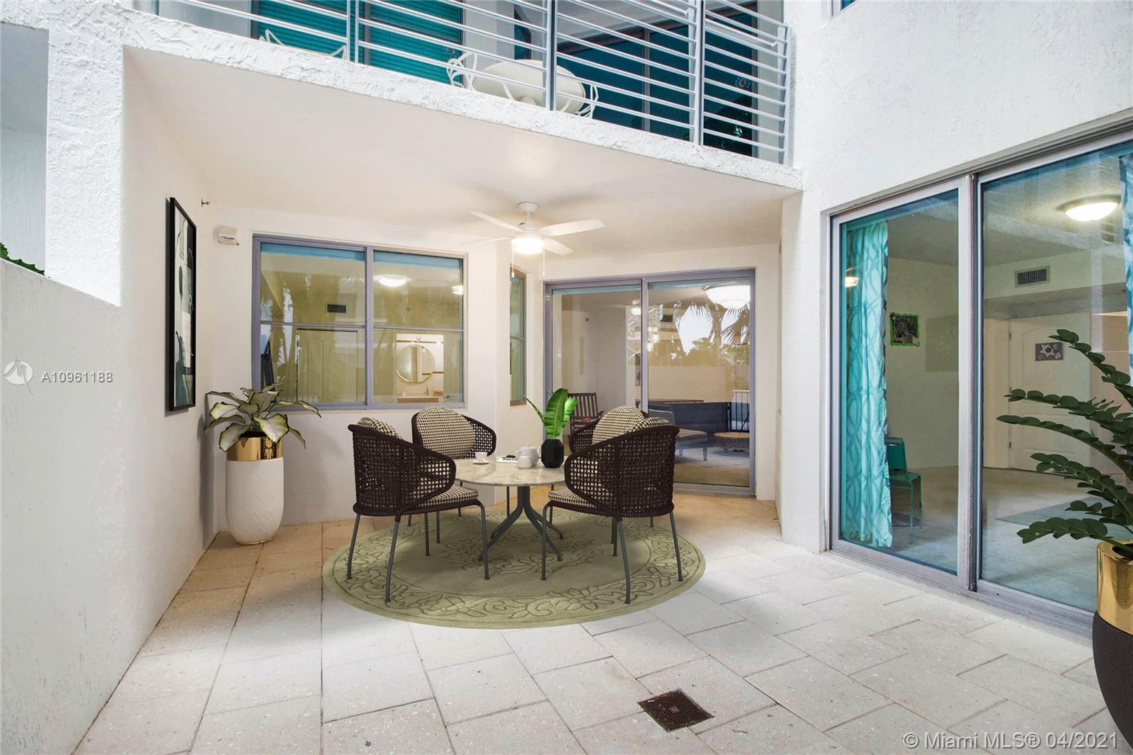 Cosmopolitan #1308 - 110 Washington Ave #1308, Miami Beach, FL 33139