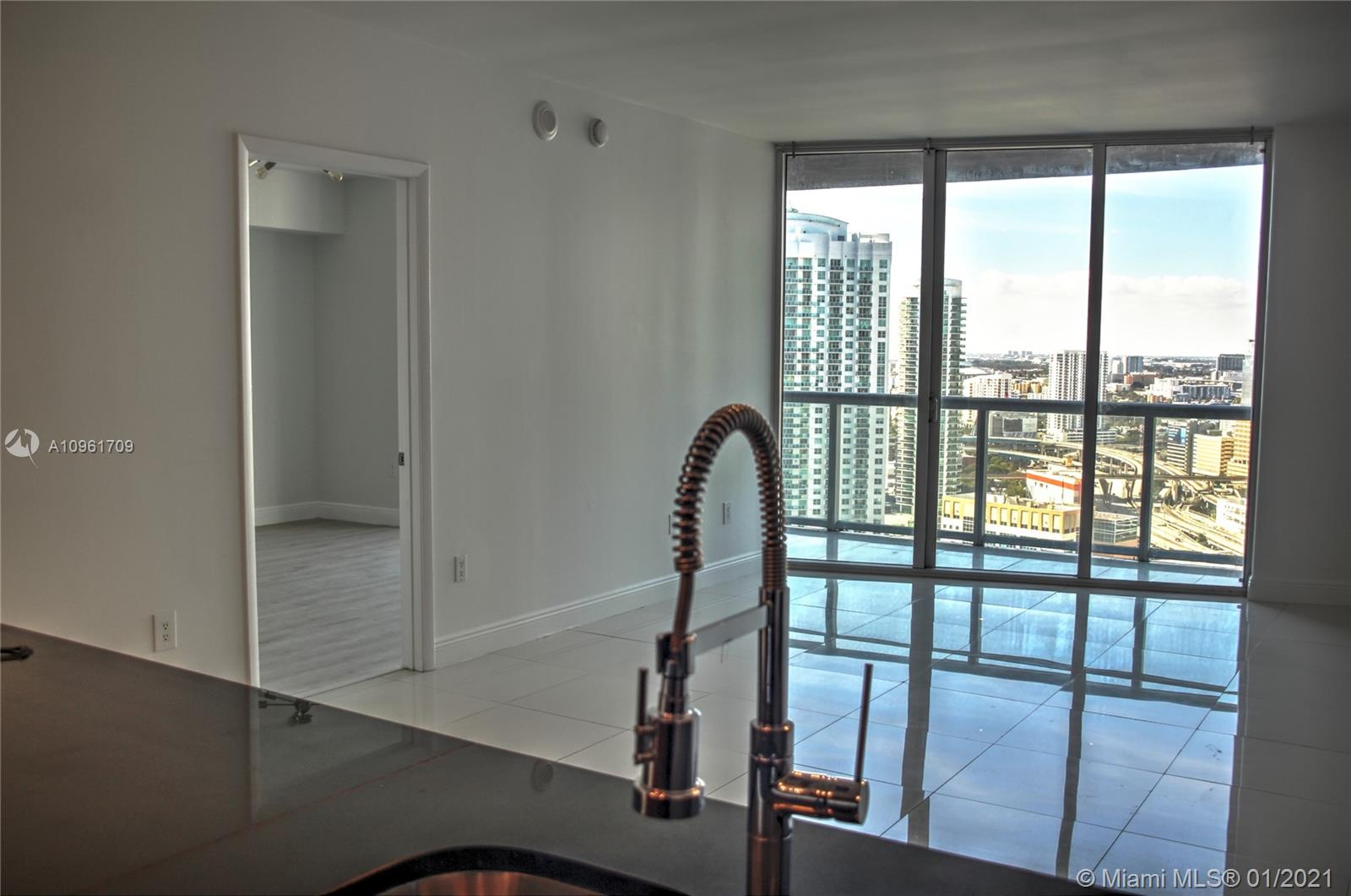 Icon Brickell #3206 photo03