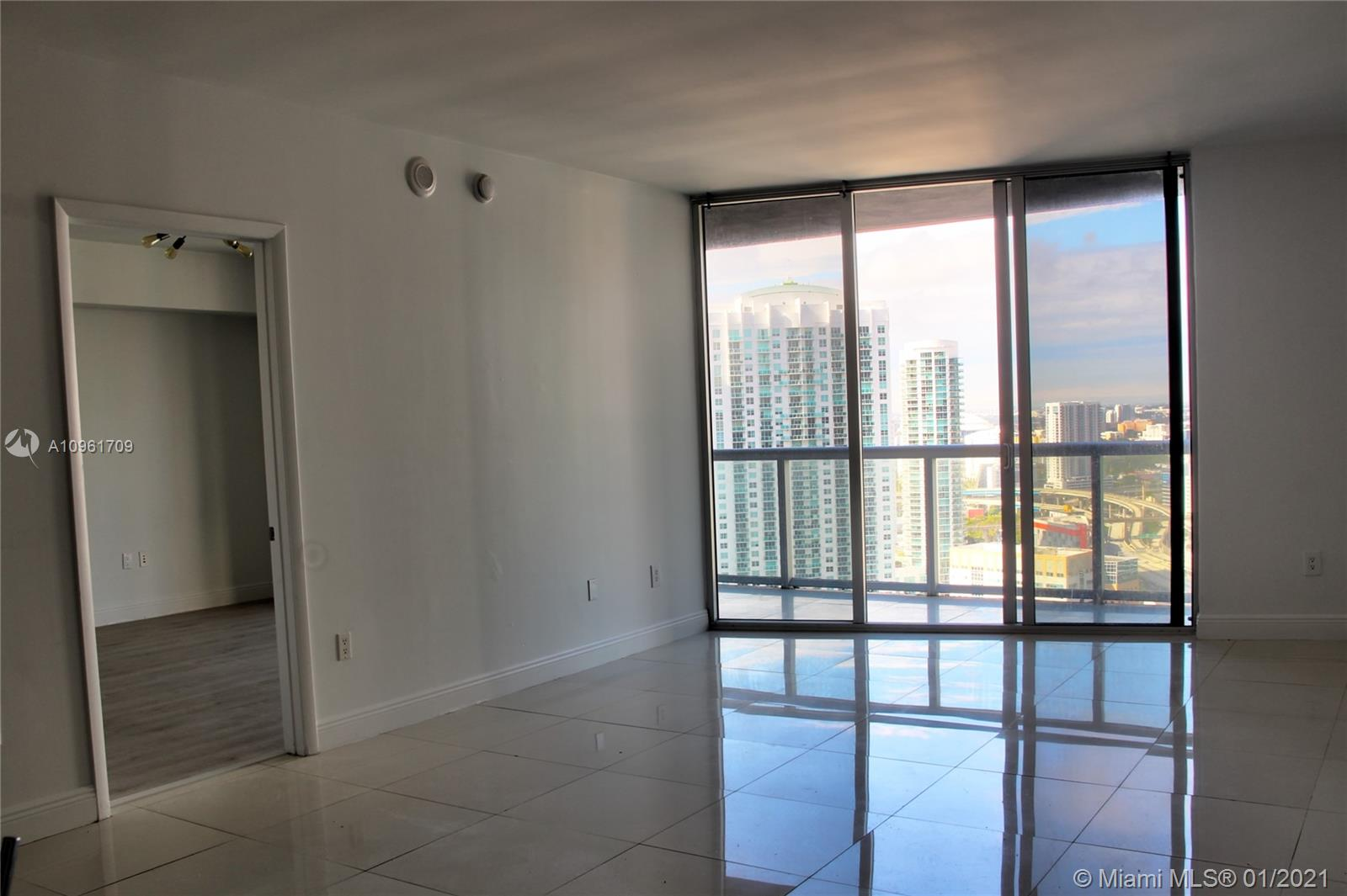 Icon Brickell #3206 photo04