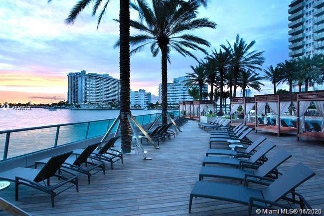 Flamingo South Beach #1138S photo15