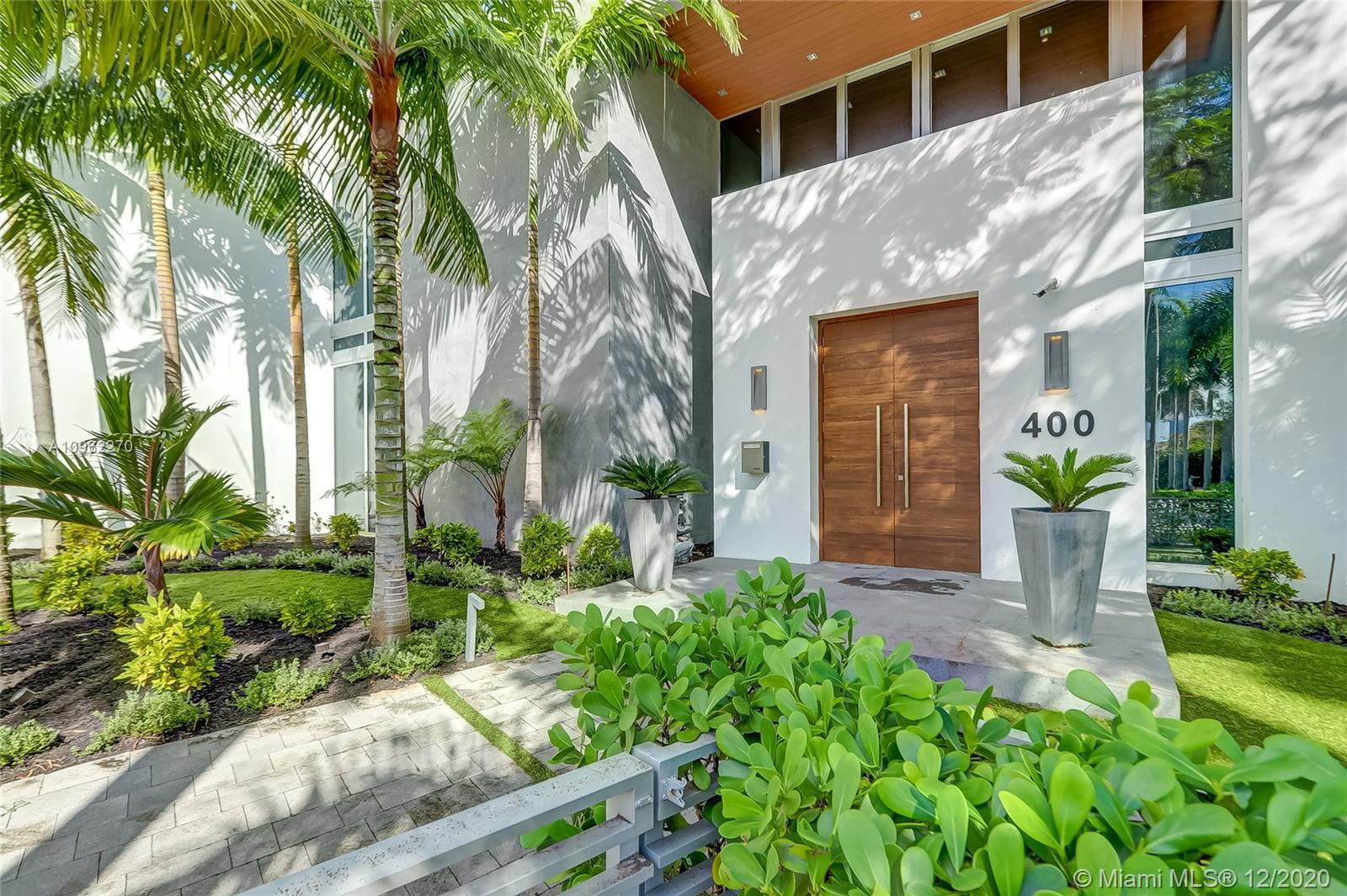Photo of 400 Tamarind Dr # listing for Sale