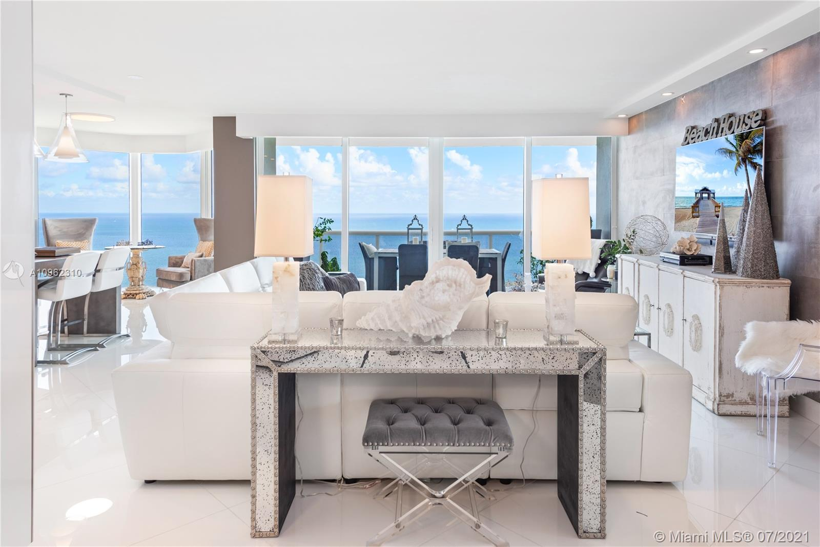 Green Diamond #3401 - 4775 Collins Ave #3401, Miami Beach, FL 33140