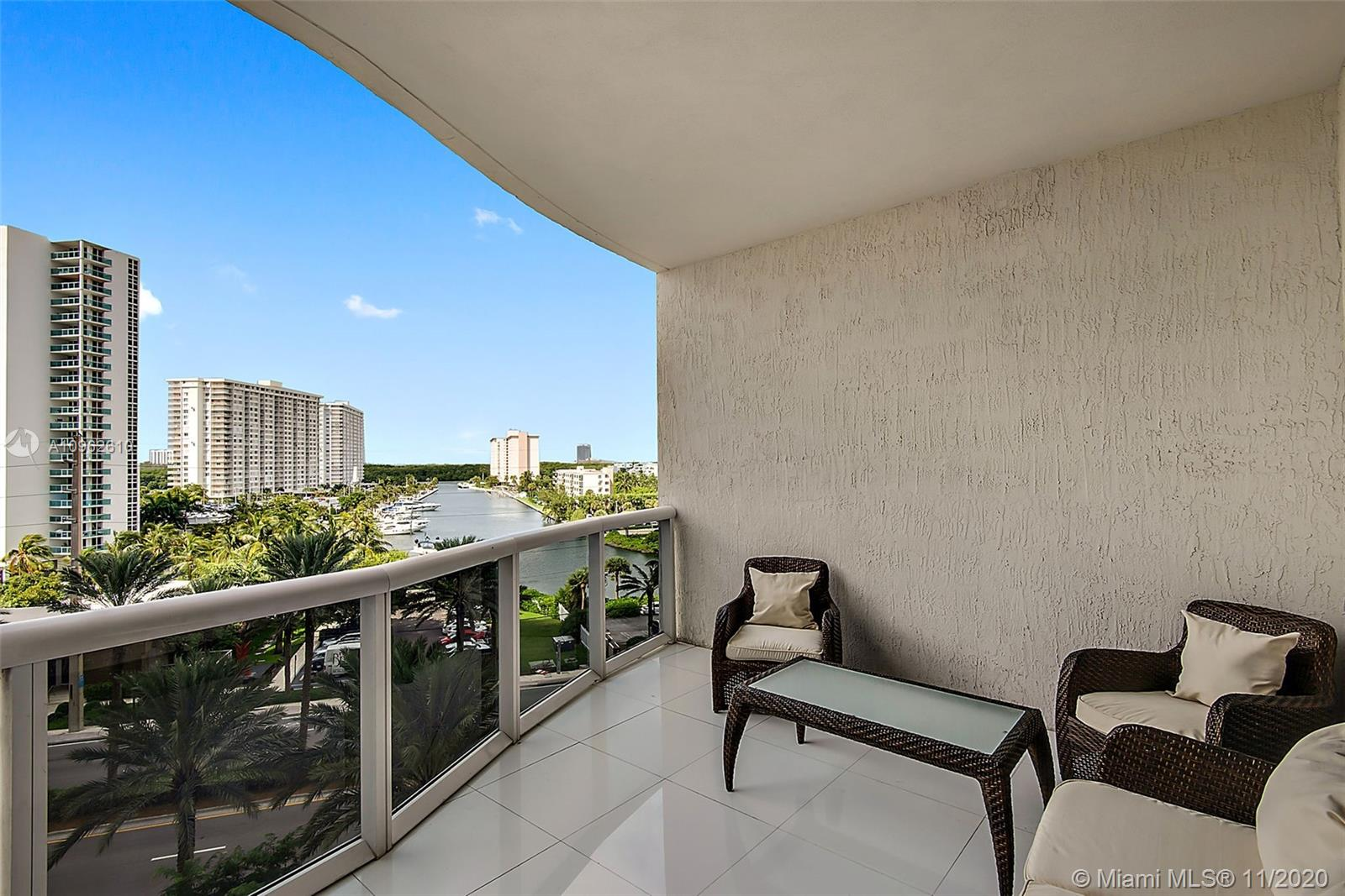 15811 Collins Ave #504 photo016