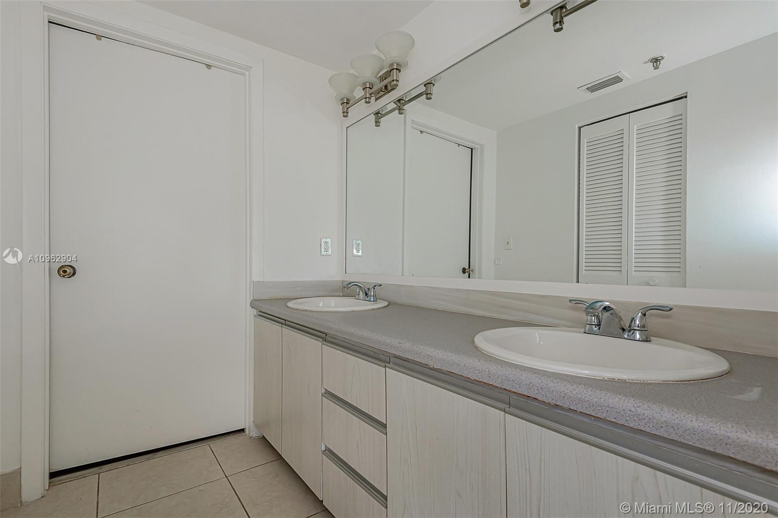 383 Poinciana Dr #1221 photo020